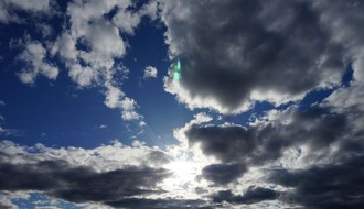 Vreme danas: Umereno oblačno, najviša dnevna u NS do 17°C