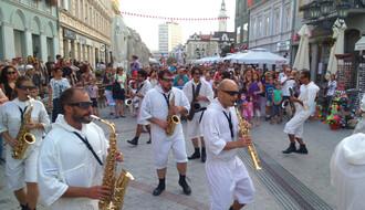 Počeo program na Festivalu uličnih svirača