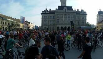 KRITIČNA MASA: Novosadski biciklisti u subotu obeležavaju Svetski dan bez automobila