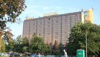 """Izbio požar na krovu Hotela """"Park"""", nema povređenih"""