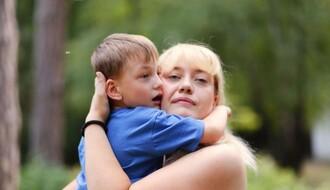 NOVOSAĐANI: Odlučila da postane fizioterapeut i logoped kako bi pomogla bolesnom sinu