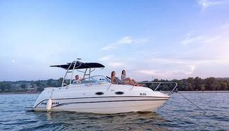 ISTRAŽUJEMO: Gde u Novom Sadu možete iznajmiti brodić i koliko to zadovoljstvo košta (FOTO)