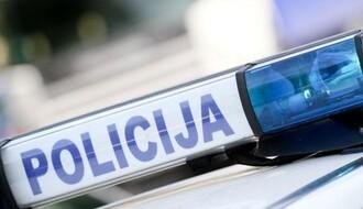 Teška saobraćajna nesreća kod Ledinaca, stradala žena