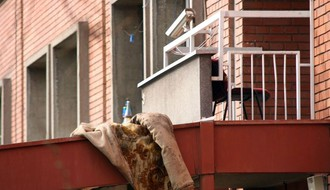 "Student pao s terase ""Bajića"", prevežen u KCV s teškim telesnim povredama"