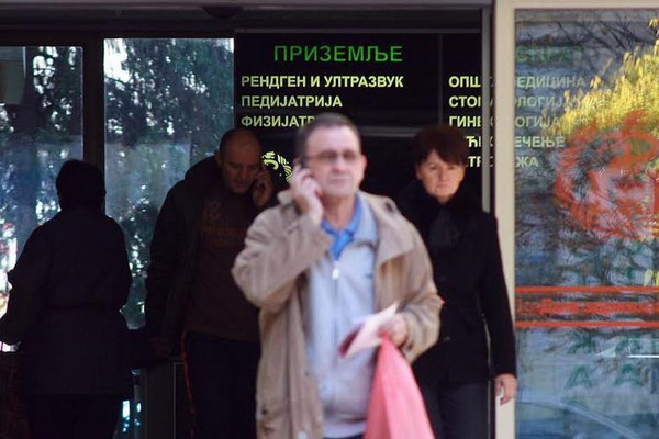 Praznična dežurstva: ambulante, apoteke, autobusi, prodavnice...