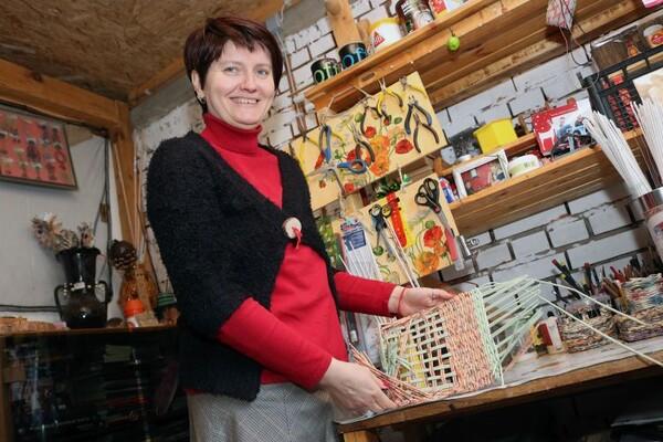 NOVOSAĐANI: Recikliranim papirom i kreativnošću do prosečne zarade