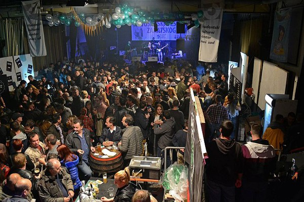 "Završen 3. Novosadski festival zanatskog piva, ""Hoptopod"" pivo proglašeno za najbolje (FOTO)"