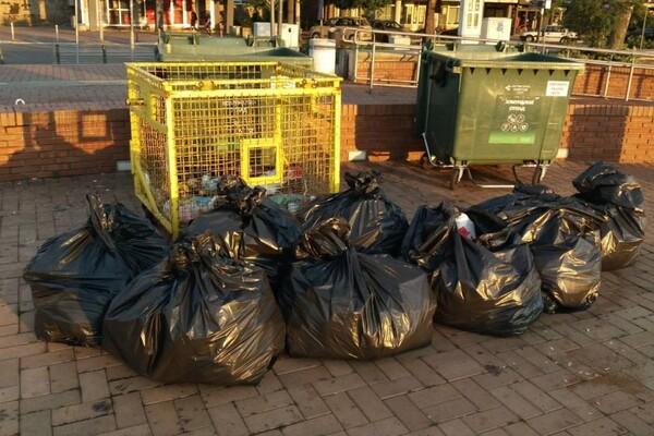 Novosadski aktivisti očistili Kej od smeća (FOTO)