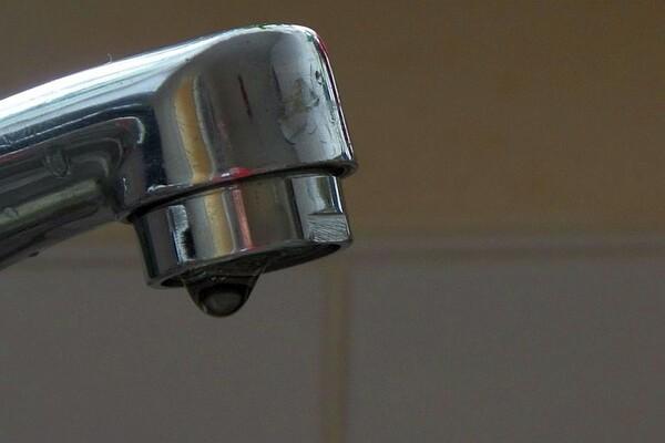 HAVARIJE: Bez vode delovi Podbare i Sremskih Karlovaca