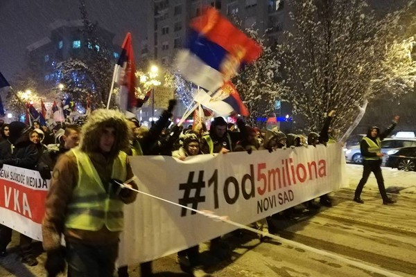 """Drugi protest """"Jedan od pet miliona"""" u Novom Sadu (FOTO I VIDEO)"""