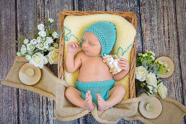 MATIČNA KNJIGA ROĐENIH: U Novom Sadu upisana 151 beba