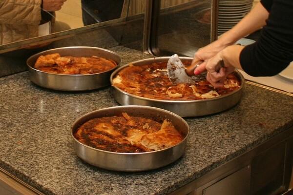 NAŠ IZBOR: Evo gde u Novom Sadu možete pojesti kvalitetan burek