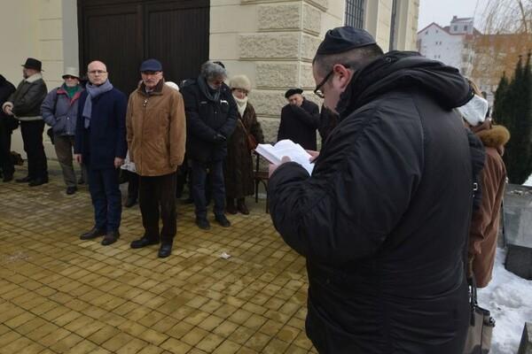 FOTO: Obeležen Međunarodni dan sećanja na žrtve Holokausta