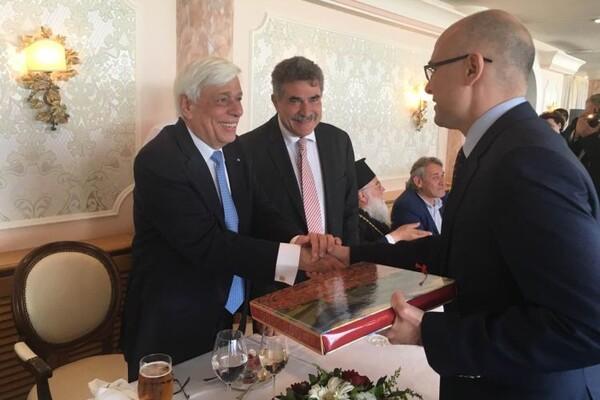 KRF: Gradonačelnik Novog Sada susreo se s predsednikom Grčke (FOTO)