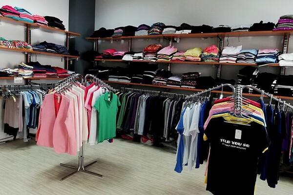 OBUCITE SE JEFTINO: U ovim prodavnicama možete povoljno da kupite garderobu (FOTO)