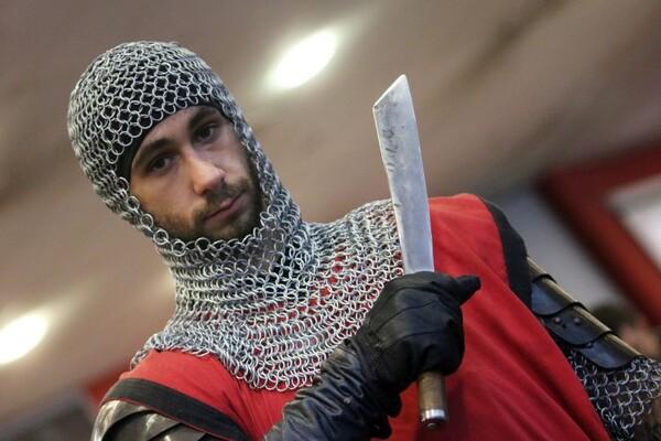 NOVOSAĐANI: Čuvari viteške tradicije