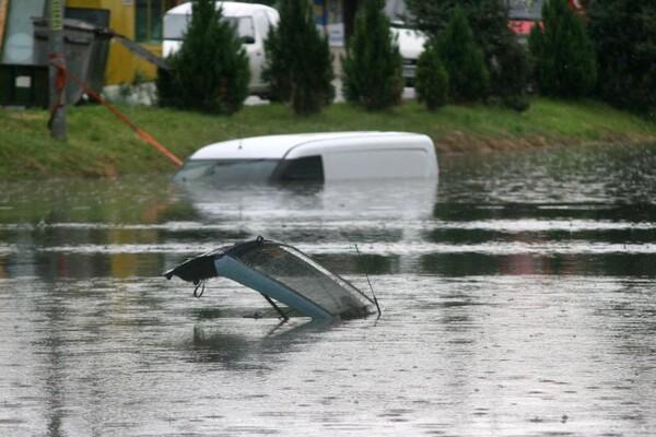Zbog obilnih padavina nadležne gradske službe na terenu