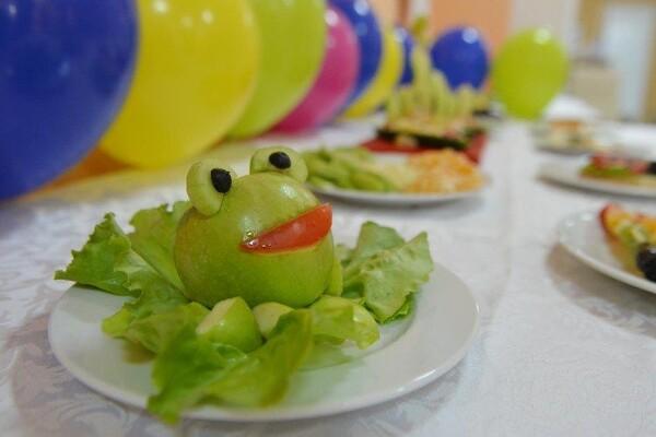 U SKLADU SA STANDARDIMA: Kako se hrane novosadski osnovci