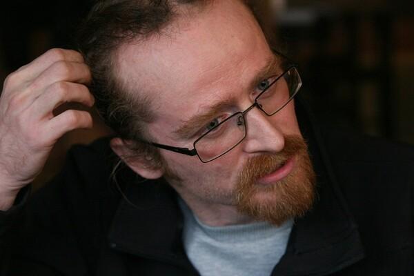 Vava Jovanović: Čovek koji je učinio da trgovi odzvanjaju gromoglasnom tišinom