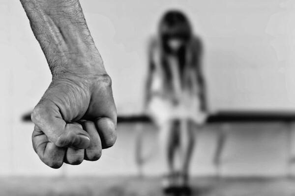 Petina muškaraca u Srbiji smatra da žena nekad zasluži batine