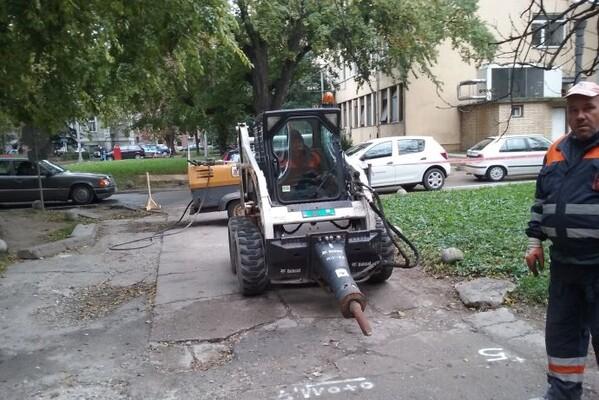 FOTO: Počelo uređenje saobraćajnica u krugu Kliničkog centra