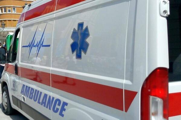 """Vozač """"punta"""" udario u zaštitnu ogradu na Keju, zadobio višestruke povrede"""