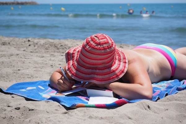SAVETI STRUČNJAKA: Kako da smirite kožu kada izgorite na suncu