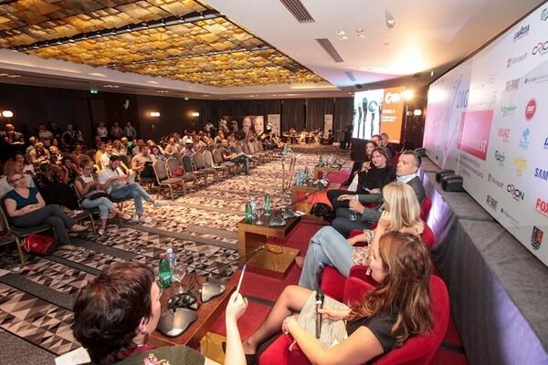 Digital2015: Srbija je rob digitalnih medija