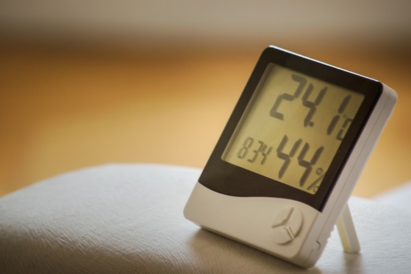 MALI SAVETI: Evo kako da sprečite gubitak toplote u stanu
