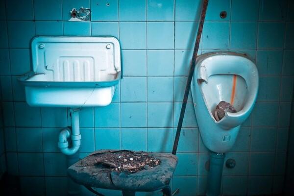 DA ČOVEK NE POVERUJE: Evo šta sve Novosađani bacaju u kanalizaciju (FOTO)