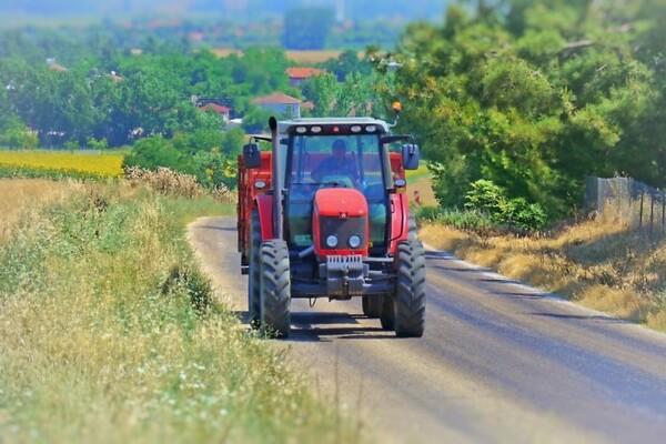 OBRAČUN U INĐIJI: Biciklista pucao na traktoristu