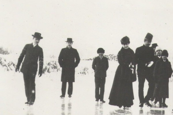 U vreme kada se na jezeru u Dunavskom parku leti veslalo, a zimi klizalo