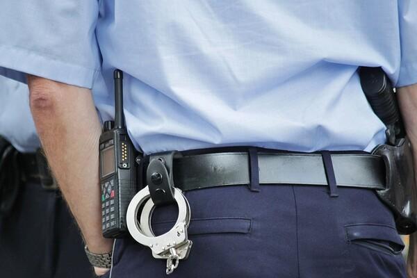 Šesnaestogodišnjak pokušao da opljačka menjačnicu na Detelinari