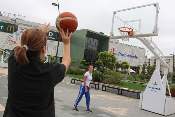 """Košarkaški tereni """"Promenade"""" osvajaju srca budućih sportista (FOTO)"""