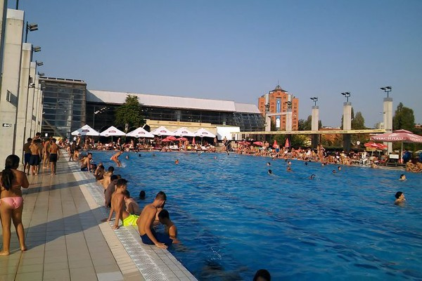 Odložen početak kupanja na otvorenom bazenu Spensa