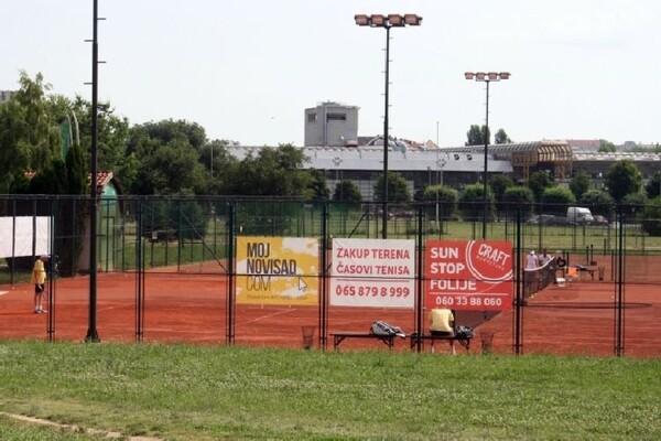 Uklonjeni i poslednji sportski tereni kod Spensa
