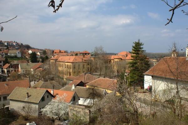 HRONIKA: Krao bakar iz vikendica u Sremskim Karlovcima