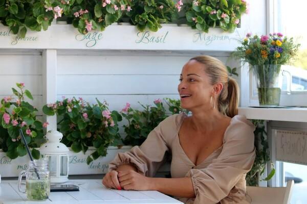 """Marina Stefanović u svojoj gastro oazi """"Mima's fit 'n' sit"""" pravi alhemiju ukusa"""