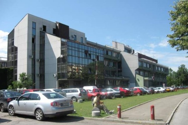Više zgrada na Univerzitetu sutra bez struje