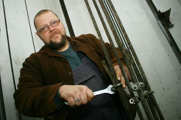 NOVOSAĐANI: Majstor za liftove koji voli život u Srbiji
