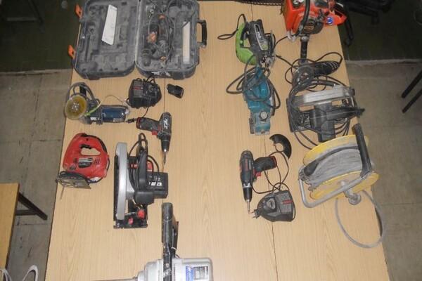TITEL: Mladić osumnjičen za krađu alata