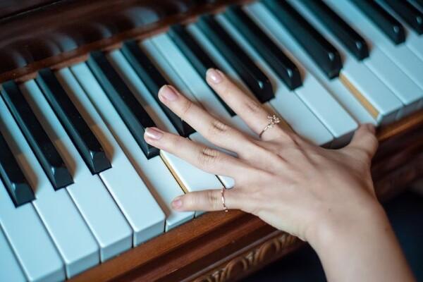 Novi Sad se sprema za obaranje Ginisa u sviranju klavira