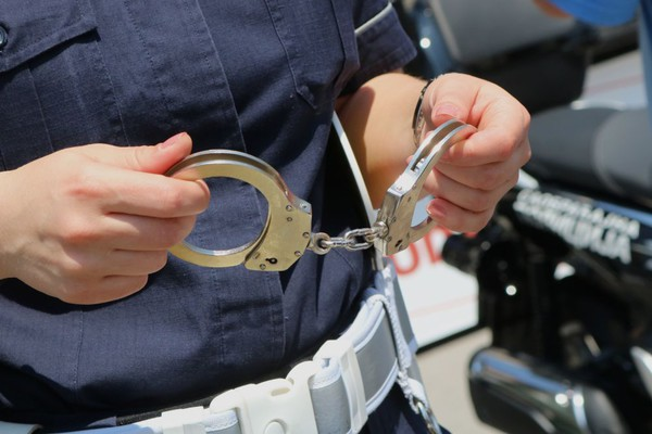 Uhapšena službenica PIO fonda koja je isplaćivala penzije preminulima