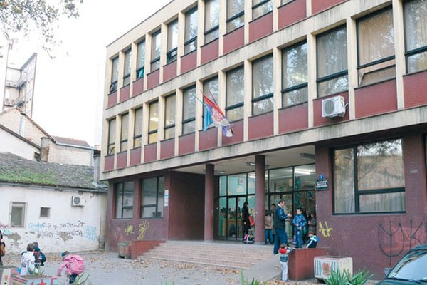 """Jelić: Utvrditi odgovornost za vršnjačko nasilje u školi """"Branko Radičević"""""""