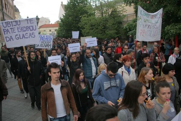 FOTO: U ponedeljak nastavljeni protesti u Novom Sadu
