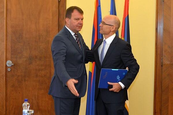 Američki ambasador sa Mirovićem i Vučevićem