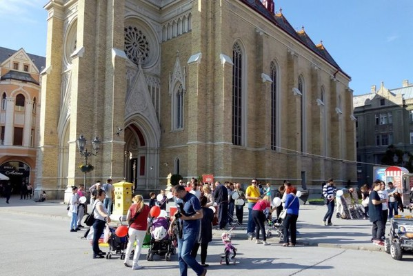 Sa Crkve imena Marijinog ponovo otpada fasada, ali nije prioritet za restauraciju