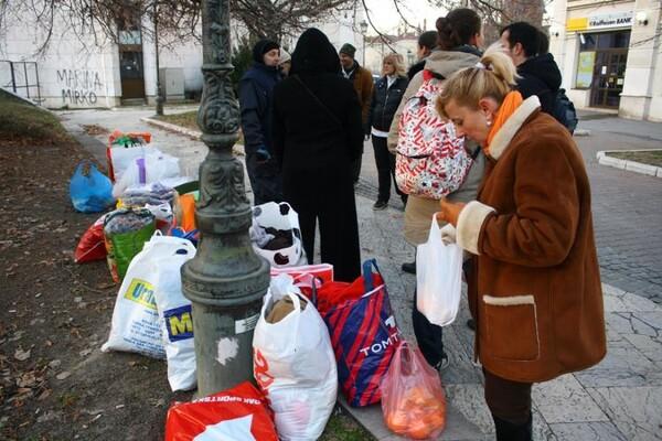Novosađani preko društvenih mreža organizovali pomoć za beskućnike