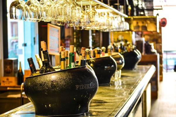 "Alkohol i mamurluk: Večeras birajte ""providna"" pića"