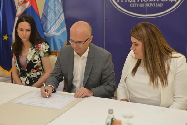FOTO: Gradonačelnik potpisao Evropsku povelju o rodnoj ravnopravnosti